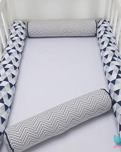Detalhes do produto Kit Berço Rolinho 4 Peças Figuras Geométricas Azul Marinho e Cinza