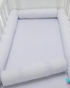 Kit Berço Rolinho 4 Peças Branco com Detalhes em Guippir
