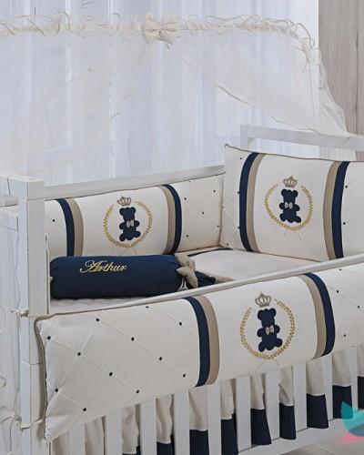 Detalhes do produto Kit Berço 8 Peças Azul Marinho e Dourado Urso Realeza