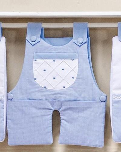 Detalhes do produto Porta Fraldas de Varão Boneco Azul Xadrezinho